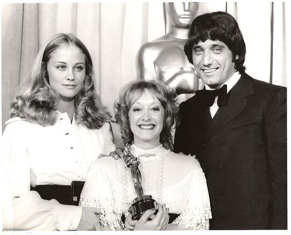 Yvonne Blake and the Oscar. Nicholas & Alexandra.